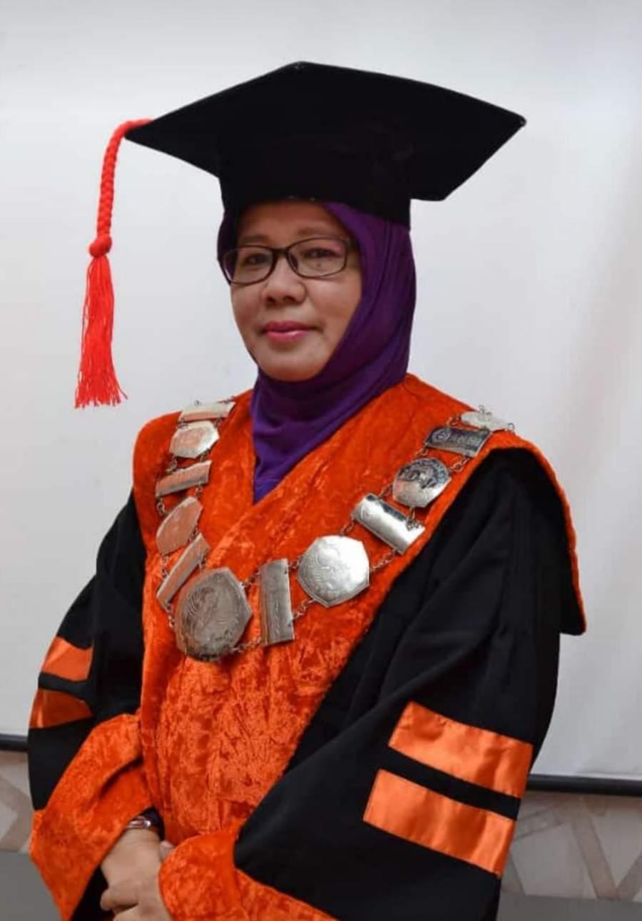 Ir Lindawati MZ, MT terpilih menjadi Rektor Perempuan Pertama UNBARA periode 2019 - 2023