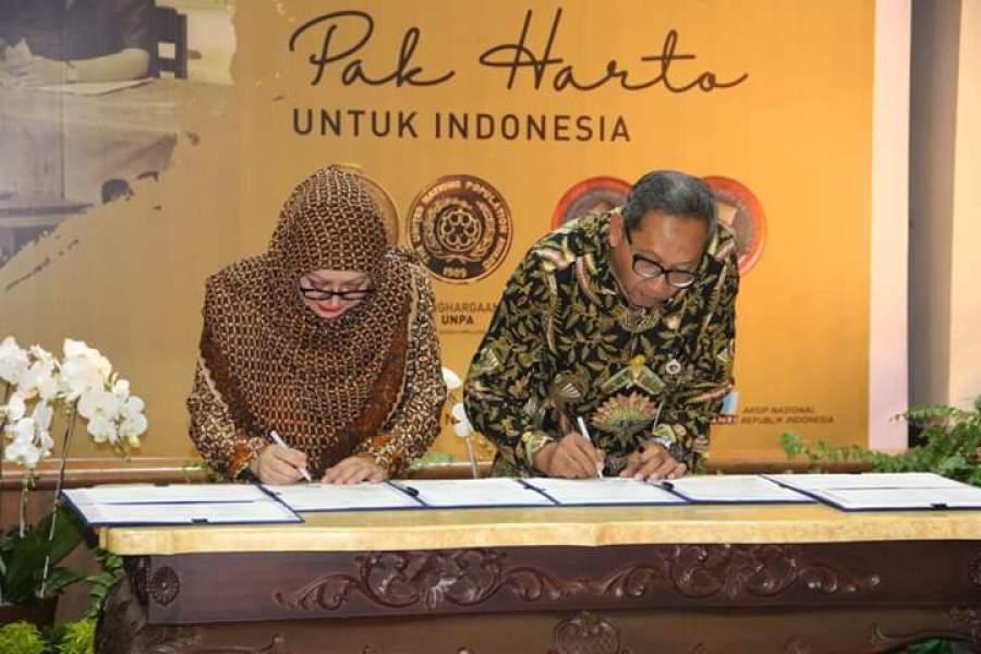 Penyerahan Arsip Statis Presiden Soeharto oleh Pihak Keluarga ke ANRI