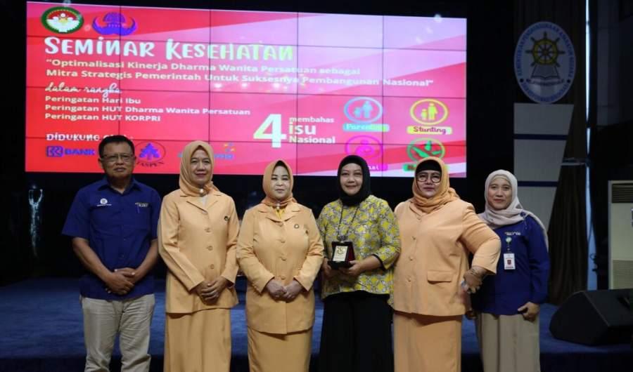 Perkaya Ilmu Parenting Lewat Seminar Kesehatan DWP Kementerian PANRB
