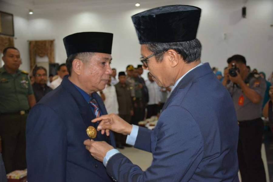 Gubernur Irwan Prayitno Melakukan  Pengukuhan Penjabat Sementara